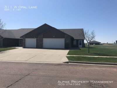 4 Bed/3 Bath Home For Rent in Hartford, SD!!