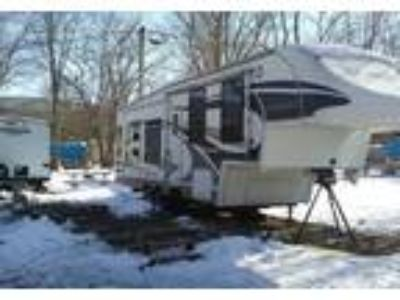 2008 Glendale RV Titanium 5th Wheel in Lehighton, PA