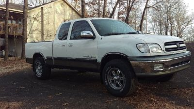For sale 2002 Toyota Tundra SR5
