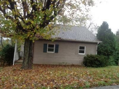 1 Bed 1 Bath Foreclosure Property in Ligonier, PA 15658 - Gravel Hill Rd