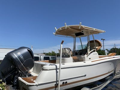 2013 Chris Craft 23 Catalina only 98 hours!