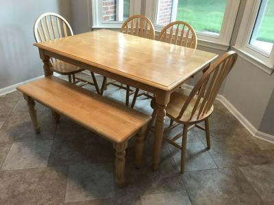 G&C Kitchen Table Set