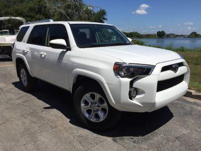 2017 Toyota 4Runner SR5 (White)