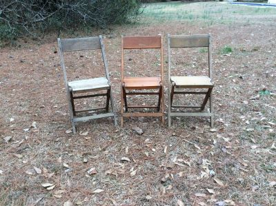 26 ANTIQUE WOOD FOLDING CHAIRS