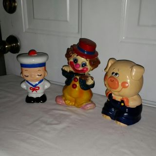 3 Vintage banks. Very cute. All for $10