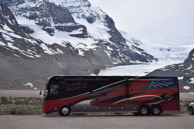 2017 Foretravel Motorcoach Foretravel IH