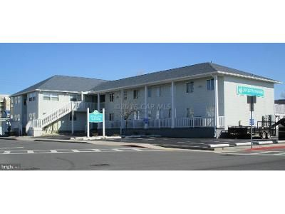 2 Bed 2 Bath Foreclosure Property in Ocean City, MD 21842 - 8th St # 102c