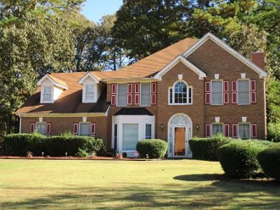 4 Bed 2.5 Bath Preforeclosure Property in Stone Mountain, GA 30087 - Wynbrooke Cv