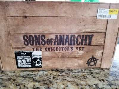 Sons of Anarchy collectors set.New
