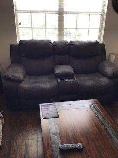 Couches/recliner