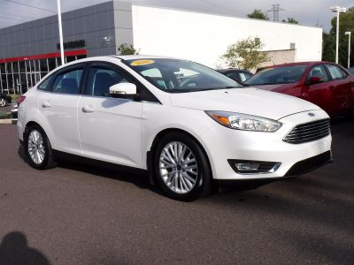 2016 Ford Focus Titanium (White Platinum Metallic Tri-Coat)