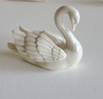 Lenox Swan