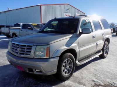 2004 Cadillac Escalade Base AWD 4dr SUV