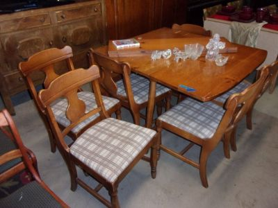 Knot Maple Drop Leaf Table With Six Matching Chairs Set