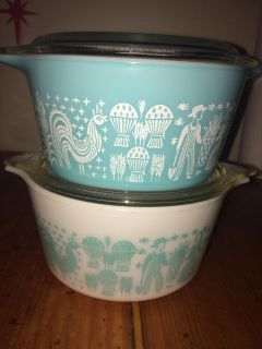 AB-Avalon *Two Pyrex Dishes W/ Lids