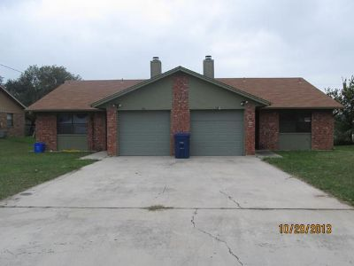 $675, 2br, Duplex 2 Bed1Bath1 Car Garage