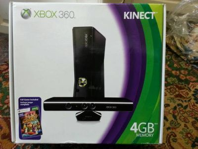 Xbox 360 Kinect 4Gb - New in Box