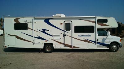 2006 Coachmen Freelander 709