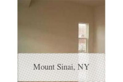 Gorgeous Mount Sinai, 4 bedroom, 3 bath. Washer/Dryer Hookups!