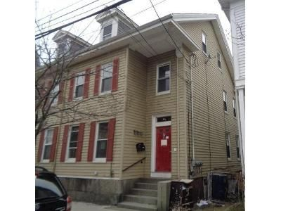6 Bed 3 Bath Foreclosure Property in Salem, MA 01970 - 1 2 Mason St