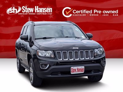 2017 Jeep Compass Latitude (Black Clearcoat)