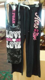 Super cute outfit Love tank brand new with tagssize XXL $7 Aero Sweetpants $5 size L