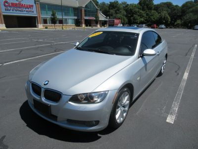 2009 BMW 3-Series 335xi (Titanium Silver Metallic)