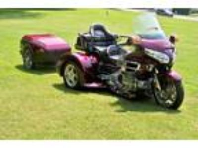 2006 Honda Gold Wing GL1800 Champion Trike with Bustec Trailer