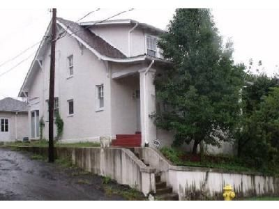 3 Bed 1.5 Bath Foreclosure Property in Cumberland, MD 21502 - Magruder St
