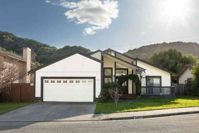 2365 Martinez Ct Pinole Three BR, Darling single story home in