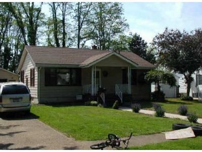 2 Bed 1 Bath Foreclosure Property in Conneaut, OH 44030 - Hosford Ave