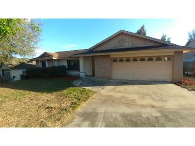 3 Bed 2 Bath Foreclosure Property in Clermont, FL 34711 - Charter Oaks Trl