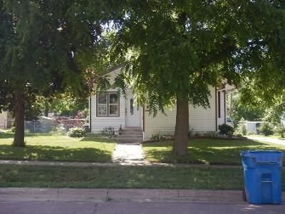 2 Bed 1 Bath Preforeclosure Property in Waseca, MN 56093 - 8th St SE
