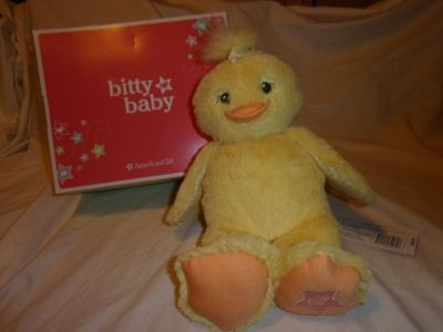 #6432 AMERICAN GIRL BITTY BABY FLUFFY DUCK . MINT IN BOX