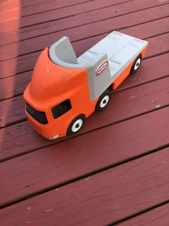 Large little tikes truck and flat bed great condition ((MOVING SALE))