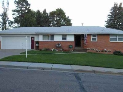 802 12th Avenue NW Mandan Three BR, .Are you looking for that