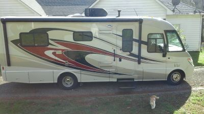 2012 Winnebago VIA 25Q