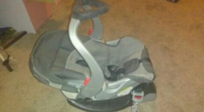 Nice Carrier Car Seat with Base