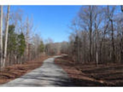 Tennessee Land for Sale 2.1 Acres, Wooded, Private