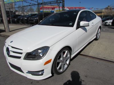 2013 Mercedes-Benz C-Class C350 4MATIC (Diamond White Metallic)