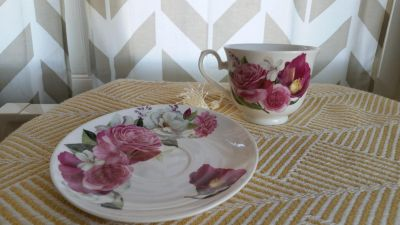 Tea cup and saucer- new