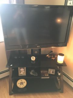 42 LG flat screen tv with stand