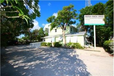 $779,000, 2131 Sq. ft., 99304 Overseas Hwy - Ph. 305-394-1427