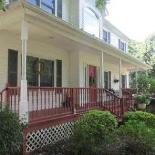 OPEN HOUSE 46 Montrose Ave