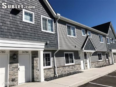 Two Bedroom In Sterling Heights