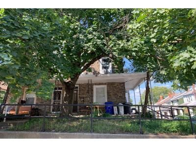3 Bed 1 Bath Preforeclosure Property in Lawrence, MA 01843 - Abbott St