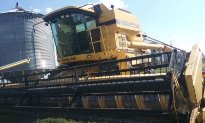 1996 New Holland TR98 Combine for sale in Palermo, ND.