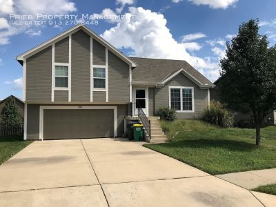 Fountain Gate Single Family Home - Available September 17th