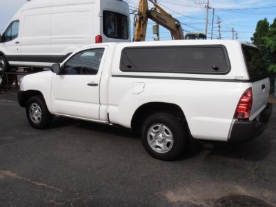 2014 Toyota Tacoma Base (Super White)