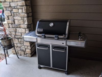Weber 3751001 Genesis E-320 Propane Gas Grill Pick Up in Parker Stroh Ranch